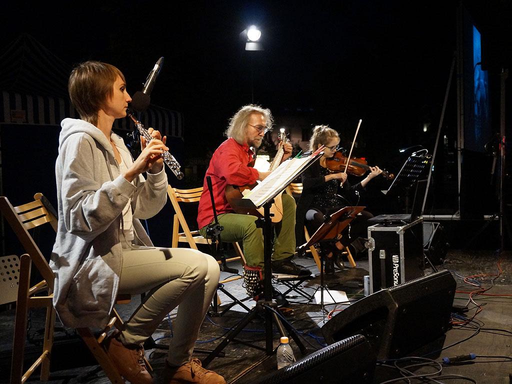 Skawina - koncert folkowy na rynku